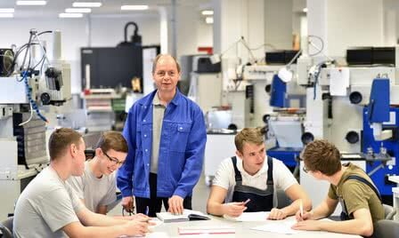 Maschinenbau Studium mit Bachelor of Engineering B. Eng.